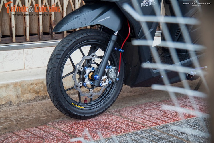 "Honda Vario 150 len do choi ""cuc chat"" tai Viet Nam-Hinh-3"
