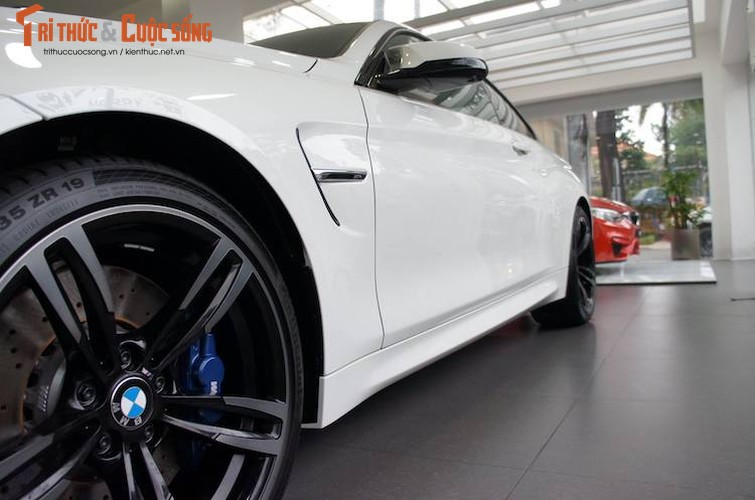 Can canh BMW M4 coupe doc nhat Viet Nam gia 4,1 ty-Hinh-4