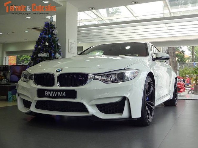 Can canh BMW M4 coupe doc nhat Viet Nam gia 4,1 ty