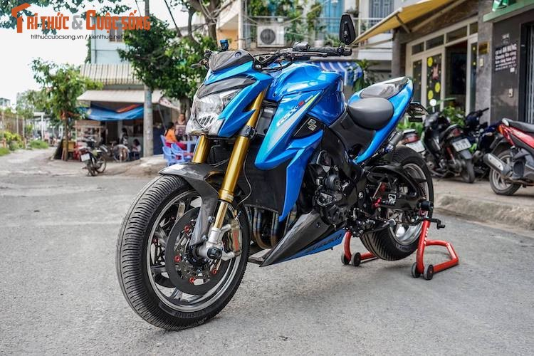 Dan choi Viet chi nua ty do moto  Suzuki GSX-S1000