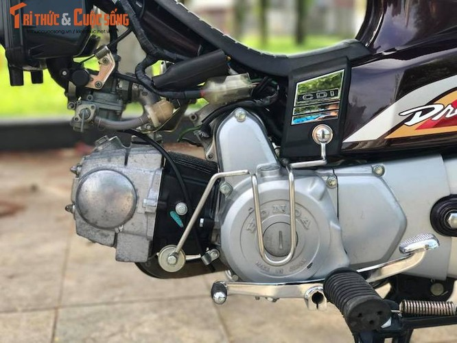 "Xe may Honda Dream II bien ""khung"" gia 200 trieu tai Ha Noi-Hinh-7"