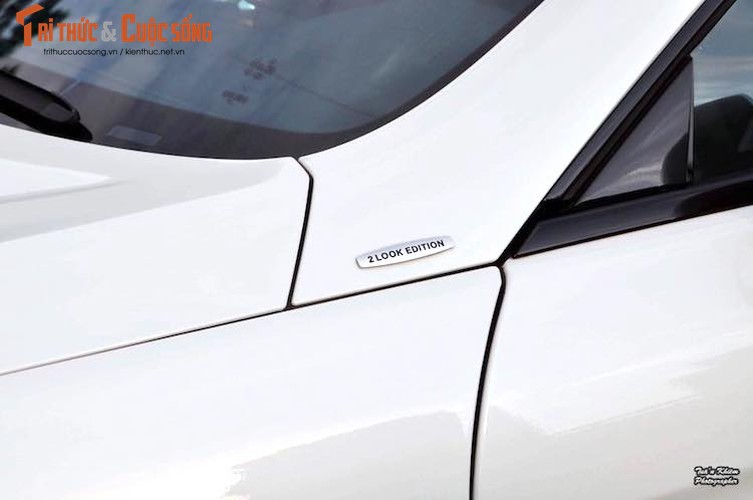 Mui tran Mercedes S400 2Look Edition gia 4,65 ty tai VN-Hinh-2