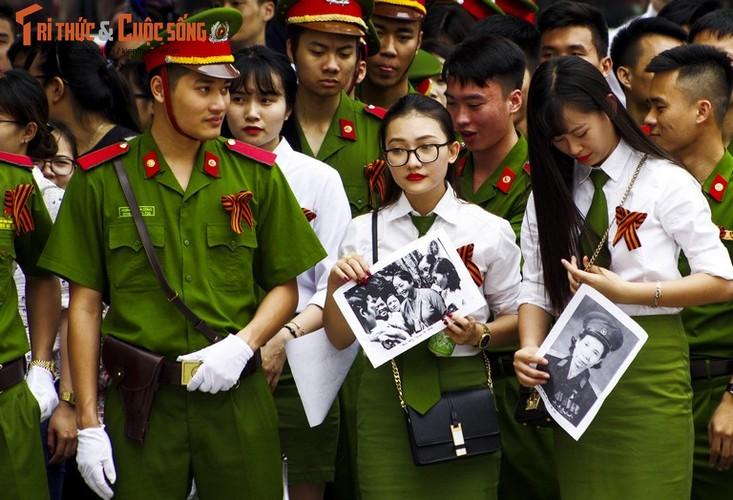 """Can canh le dieu hanh """"Trung doan Bat tu"""" tai Ha Noi-Hinh-11"""