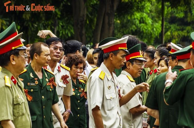 """Can canh le dieu hanh """"Trung doan Bat tu"""" tai Ha Noi-Hinh-4"""