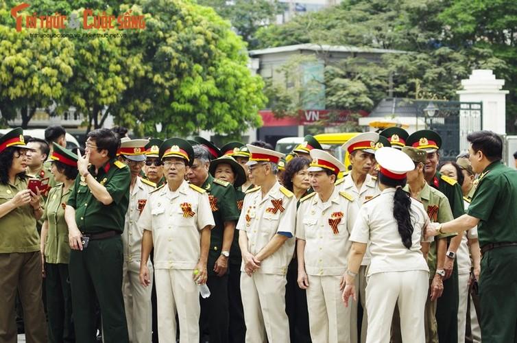 """Can canh le dieu hanh """"Trung doan Bat tu"""" tai Ha Noi-Hinh-5"""