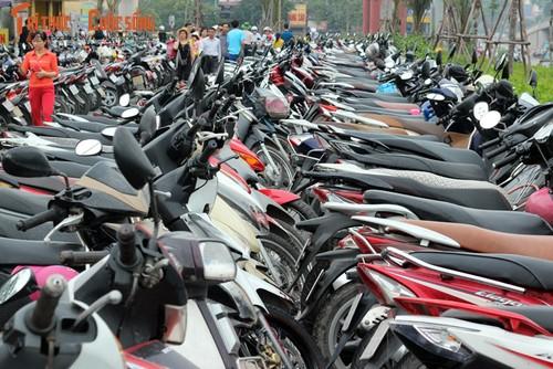 Ha Noi de xuat tang phi thue via he len gap 3 lan